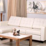 белый кожаный диван с лошадбдми