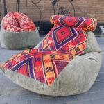 кресло лежак с орнаментом
