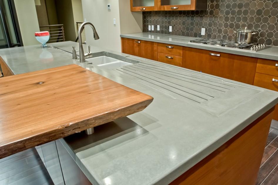 бетонная столешница на кухне фото идеи