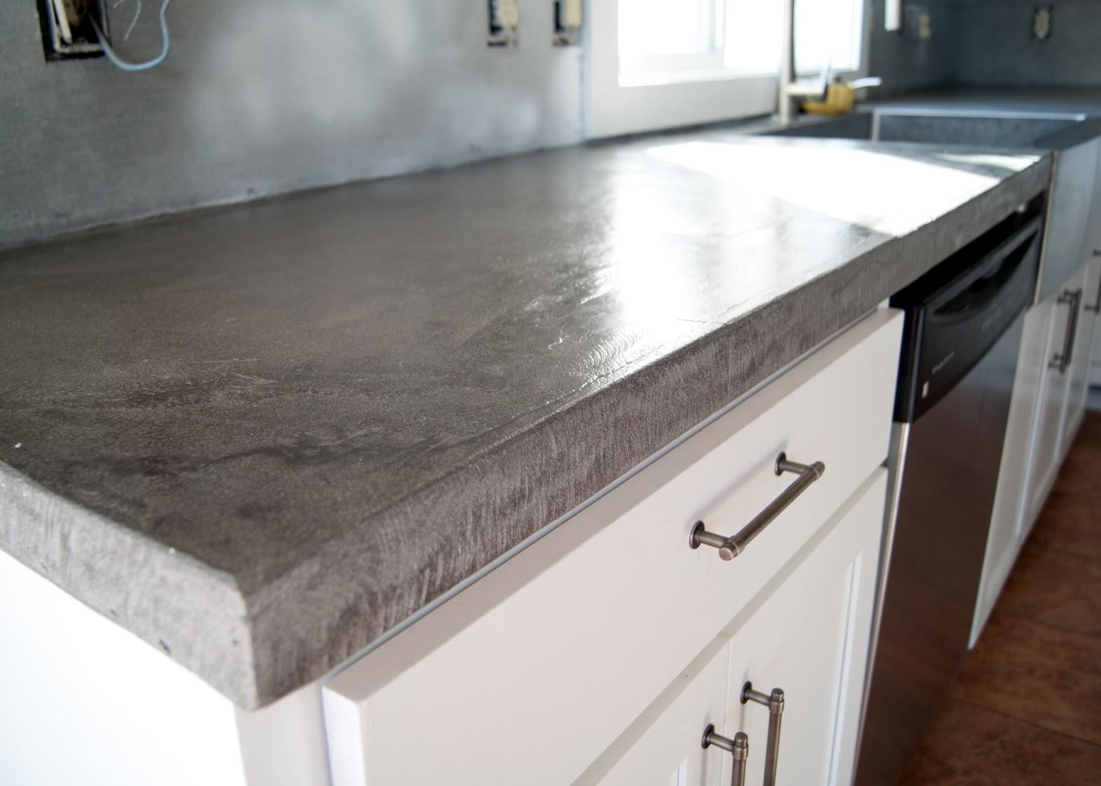 бетонная столешница на кухне фото