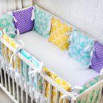 бортики для кровати разноцветные