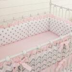 бортики для кровати розовые