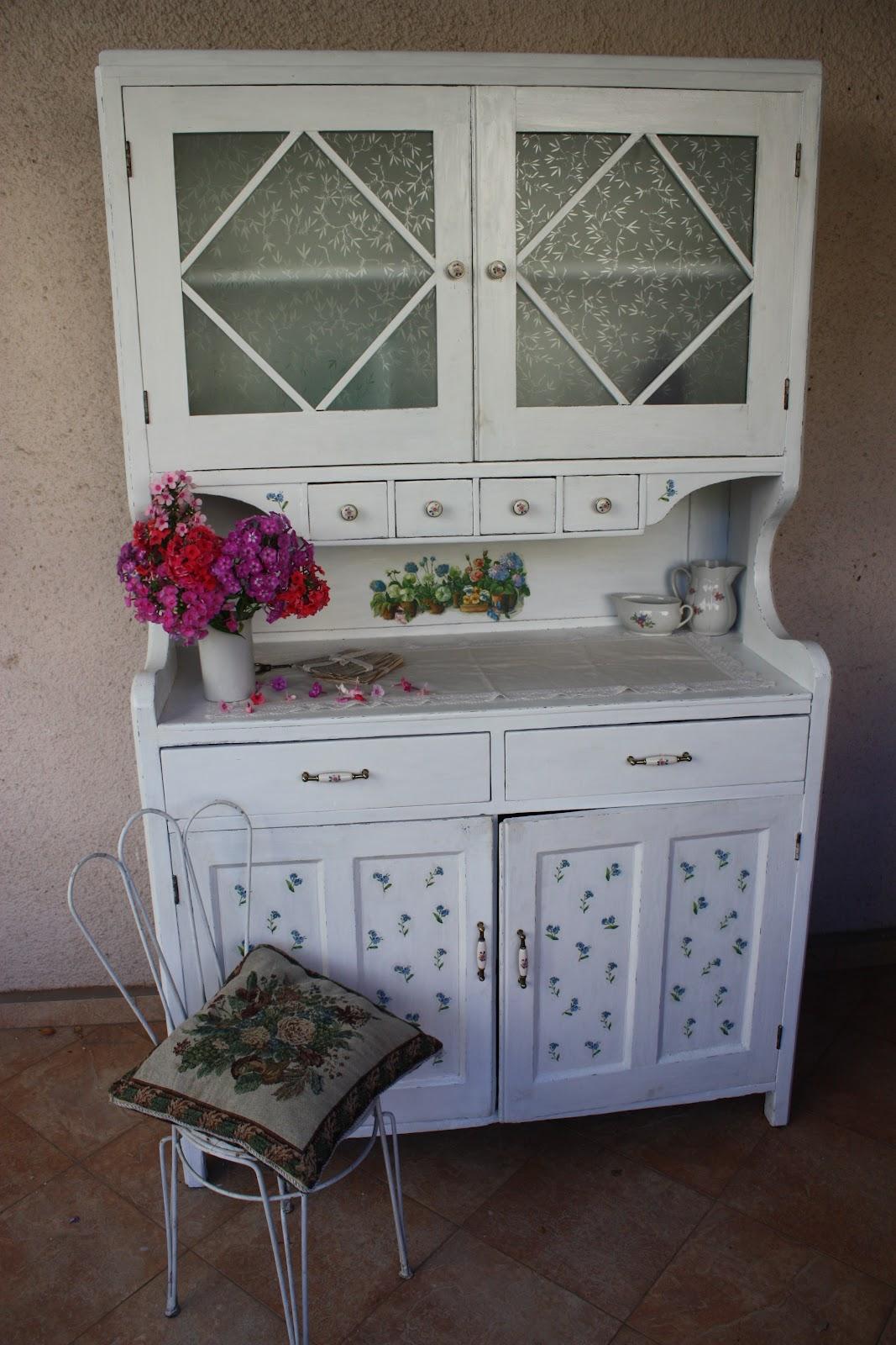 перекрасить старую кухонную мебель фото