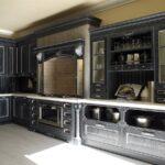 дизайн кухни черный