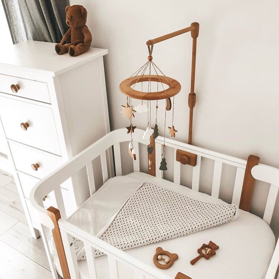 декор детской кроватки