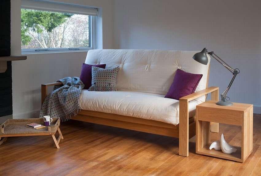 диван кушетка в интерьере