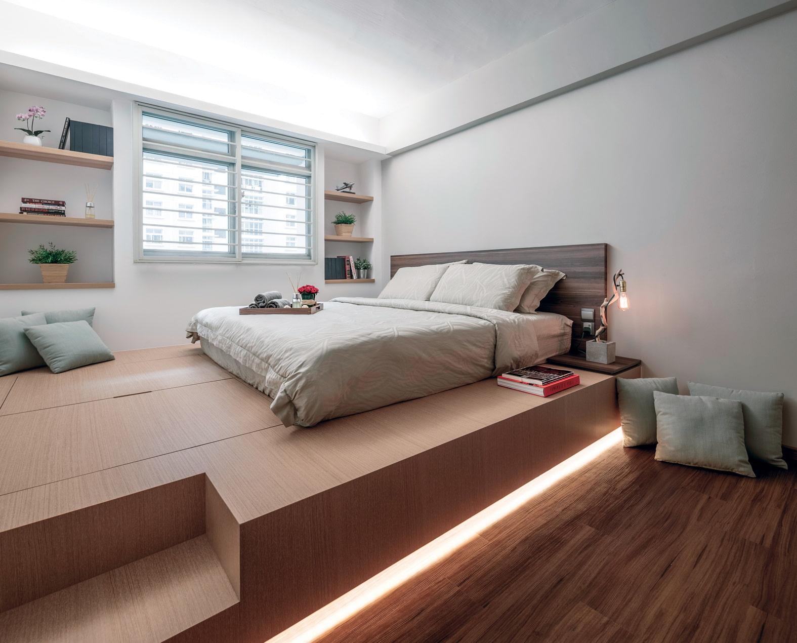 груди как поставить двуспальную кровать в зале фото интересного сюжета