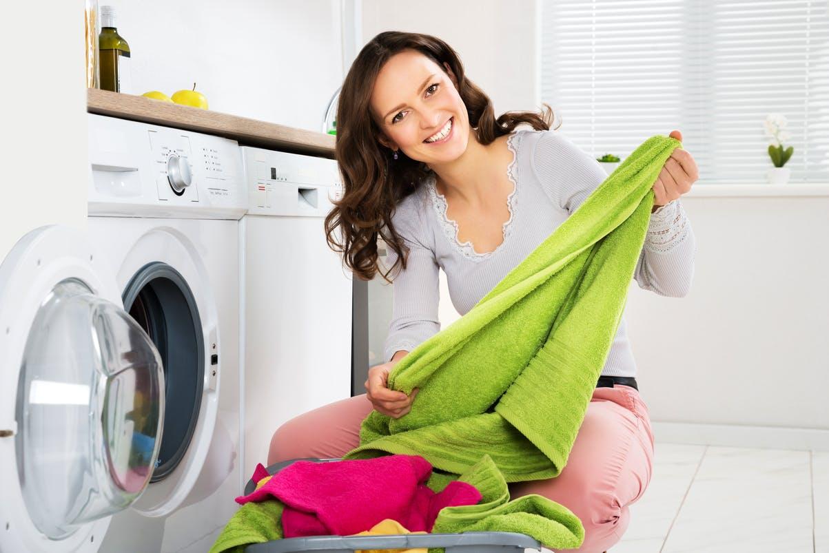достать сухое белье после стирки