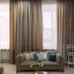 серо-бежевые двухцветные шторы