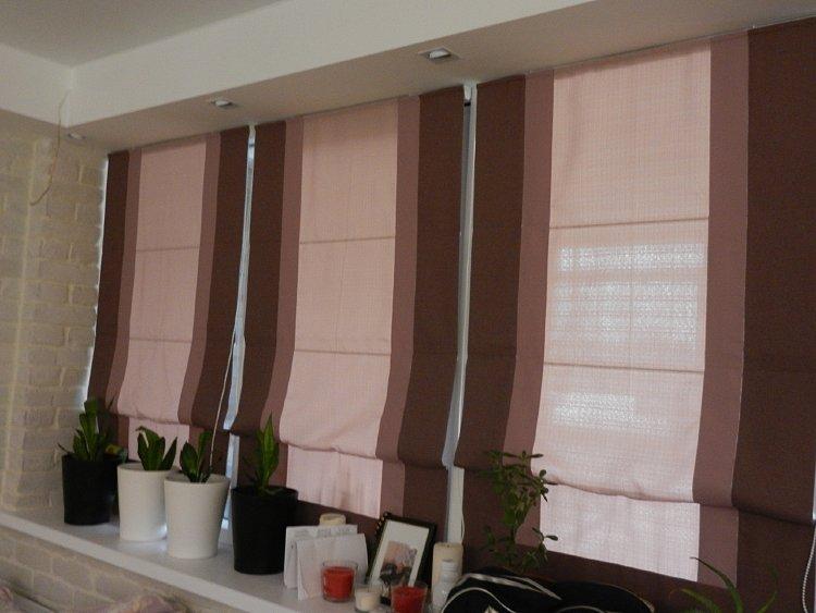 двухцветные римские шторы