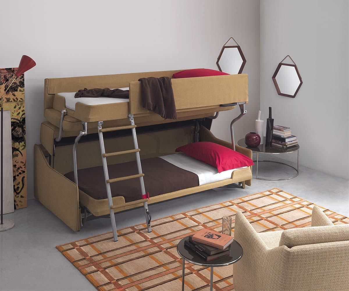 диван-трансформер в гостиной