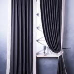 плотные черно-белые двухцветные шторы