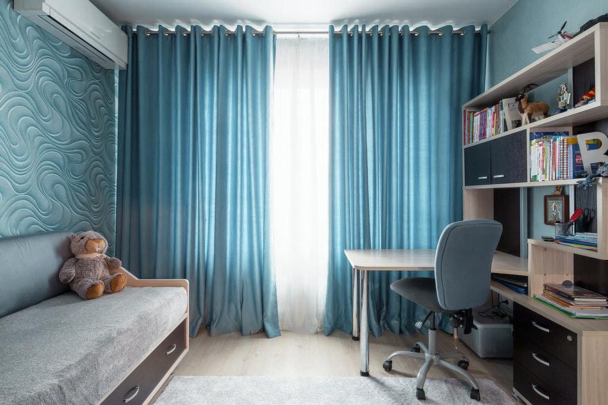 голубые шторы для детской