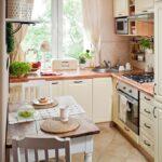 кухня маленькая угловая