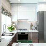 кухня маленькая серая