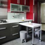 кухня маленькая красная с серым