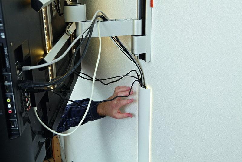 как спрятать провода от телевизора на стене в короб