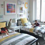 комната для мальчиков полоска