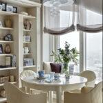 короткие шторы на кухне идеи декора