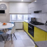 короткие шторы на кухне идеи интерьера