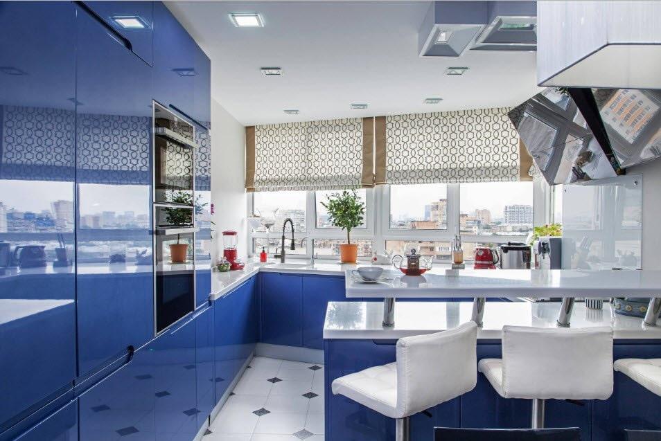 короткие шторы на кухню фото