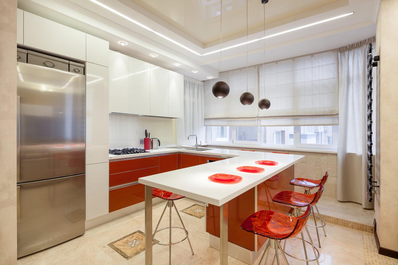 короткие шторы на кухню хай тек