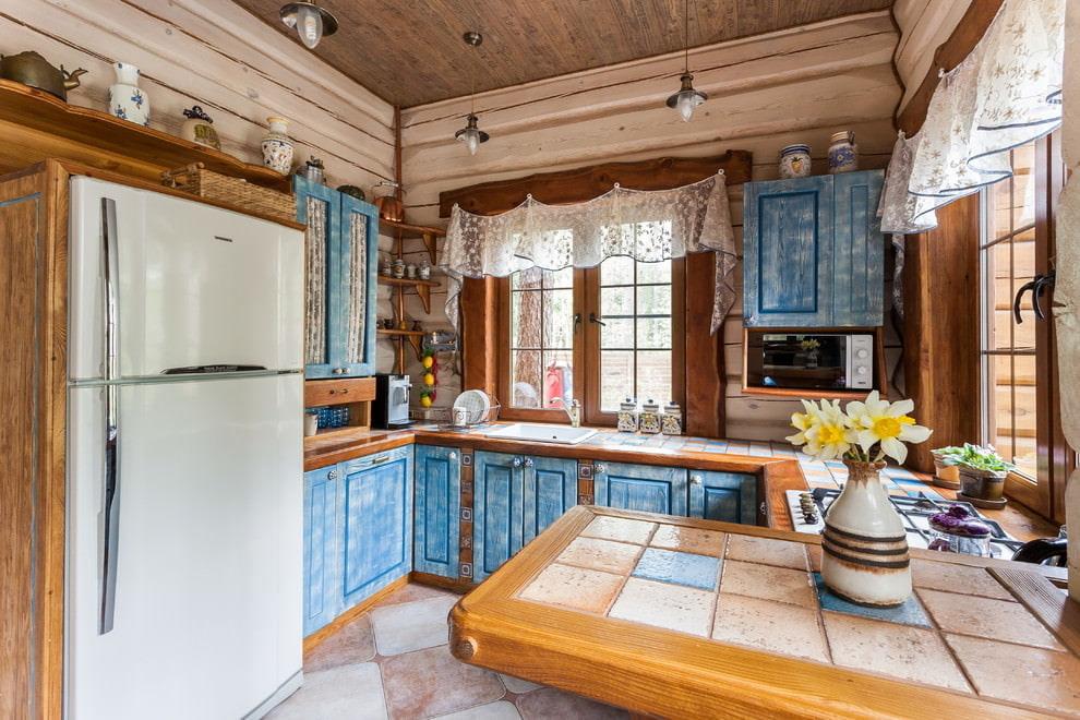 короткие шторы на кухню прованс