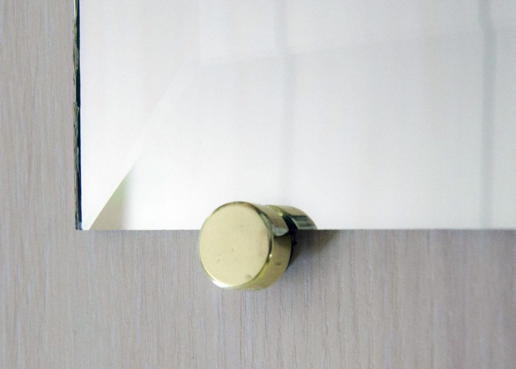 крепления для зеркала на стену