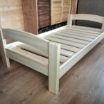 кровать для дачи оформление