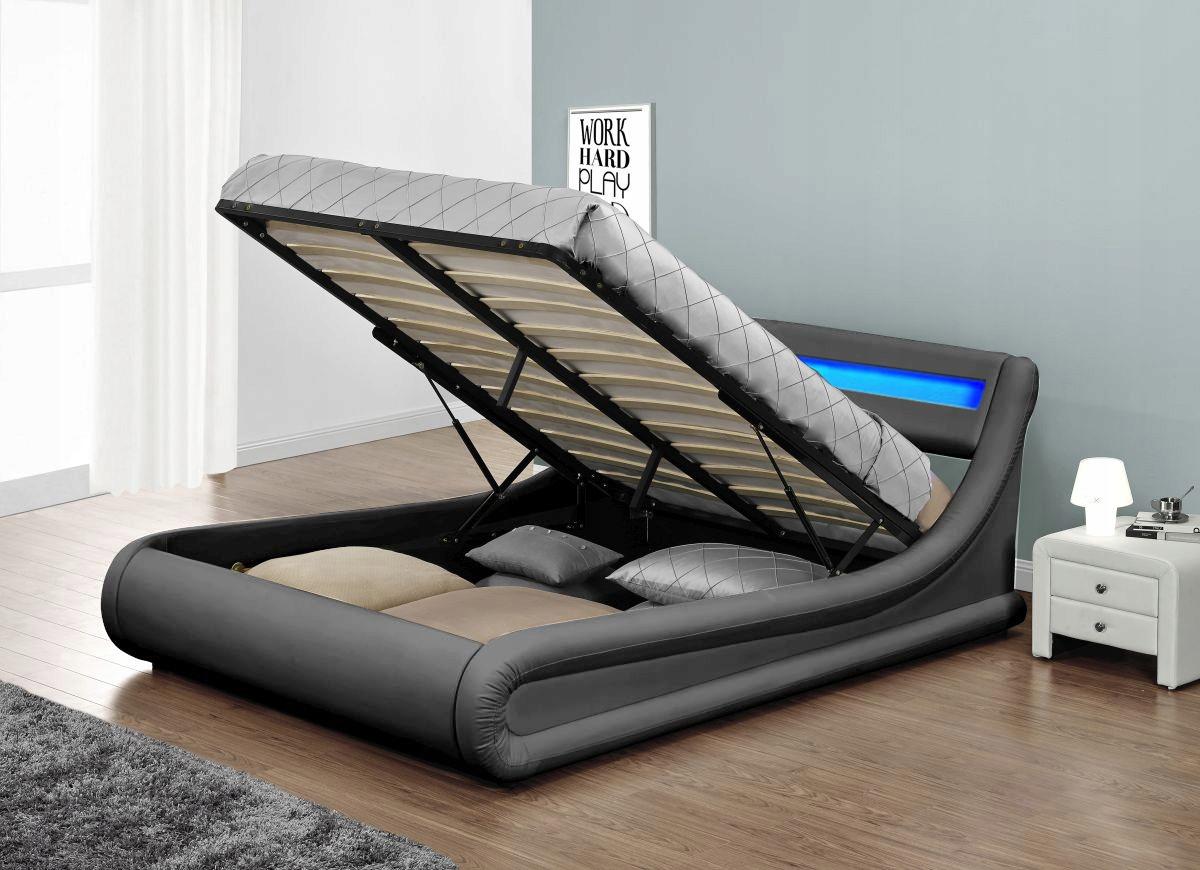кровать в спальню для взрослых