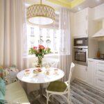 кухня 10 кв метров с диваном идеи варианты