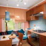 кухня 10 кв метров с диваном виды идеи
