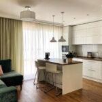 кухня 15 кв метров с диваном
