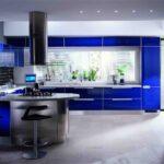 ярко-синий кухонный гарнитур