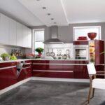 бордово-белый кухонный гарнитур