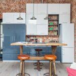 светлый кухонный гарнитур для лофта