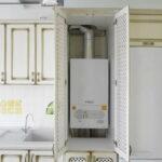 кухня с газовой колонкой идеи варианты
