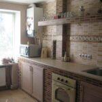 кухня с газовой колонкой фото видов