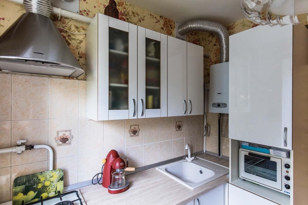 кухня с газовым котлом фото идеи