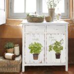 полка прованс на кухню с растениями