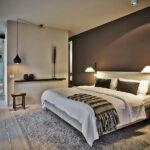 лампы в спальне над кроватью декор