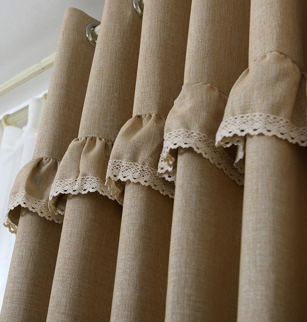 Льняные шторы с кружевом