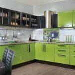 фасад кухни зеленый
