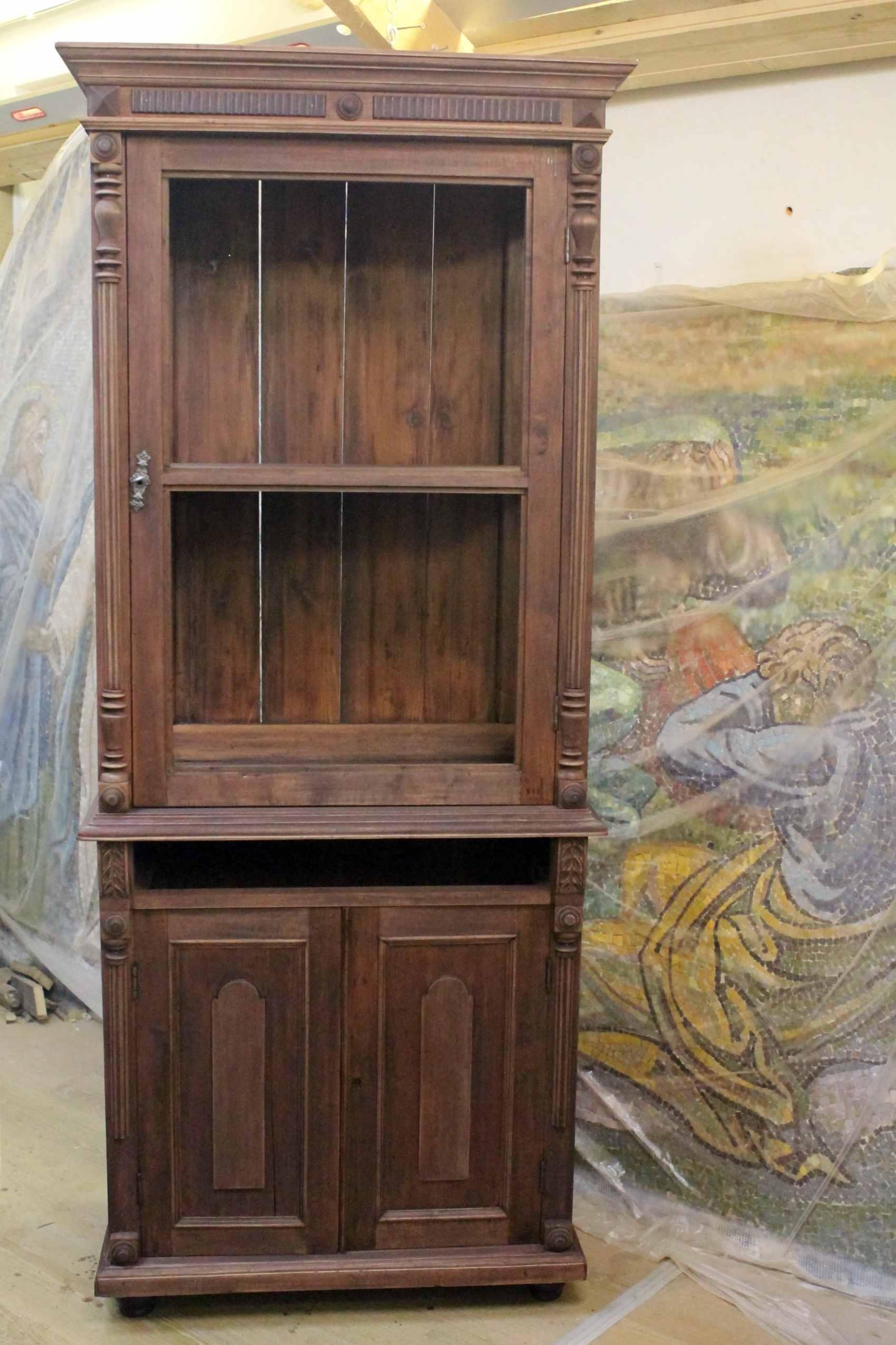 морение старого шкафа