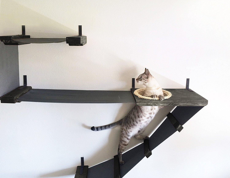 настенные полки для кошек дизайн идеи