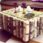 стол из дерева из поленьев