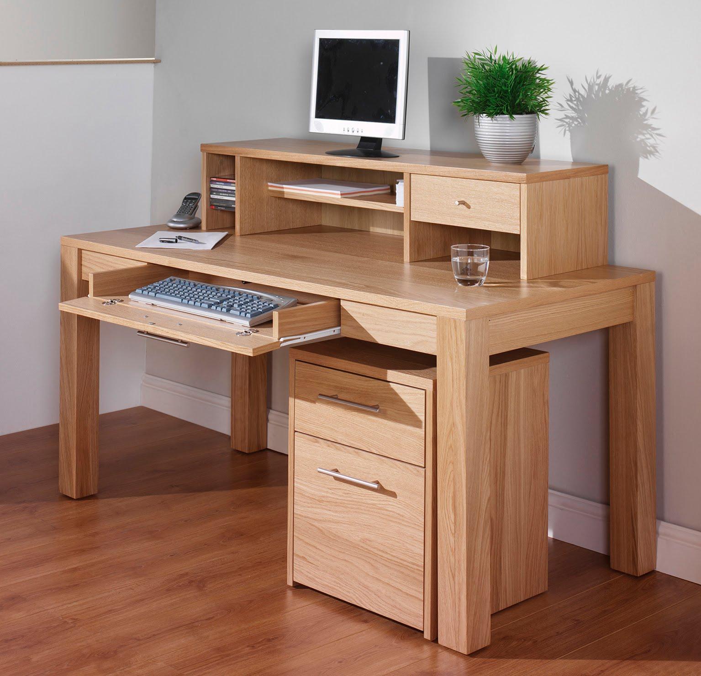 компьютерный стол из дерева