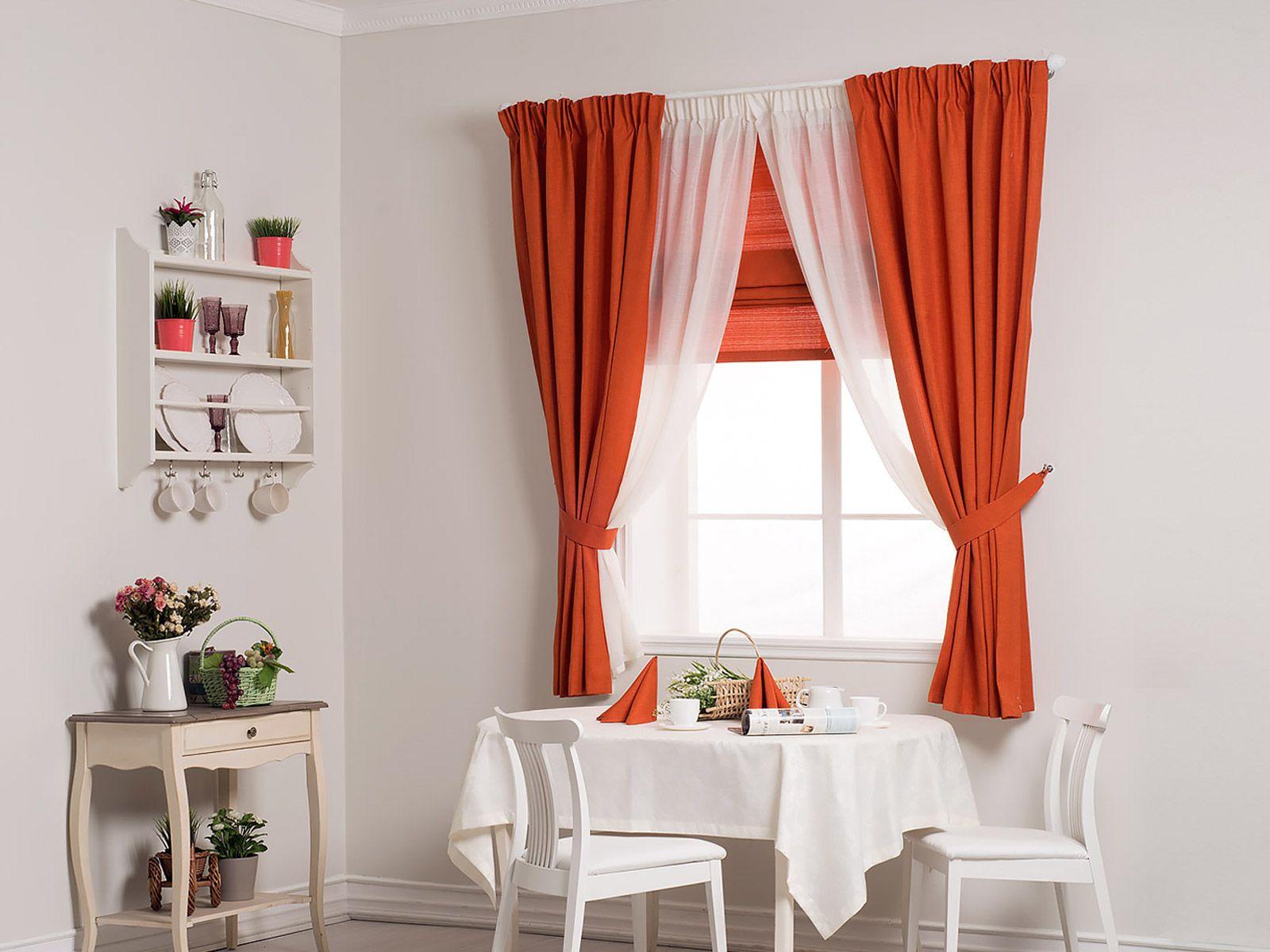 оранжевые шторы короткие