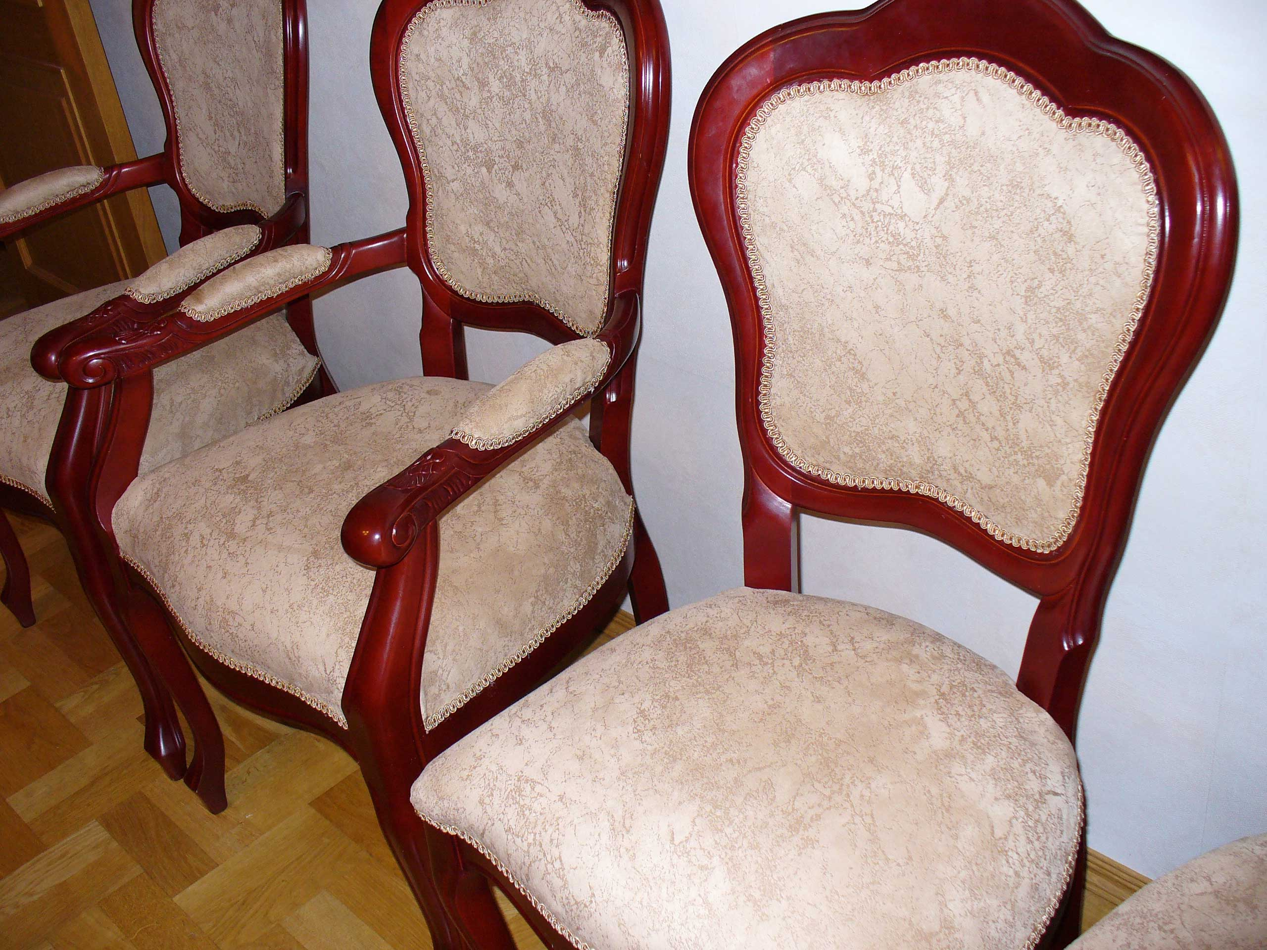 уход за стульями