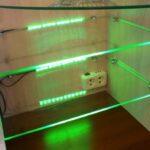 светодиодная лента в шкафу зеленая